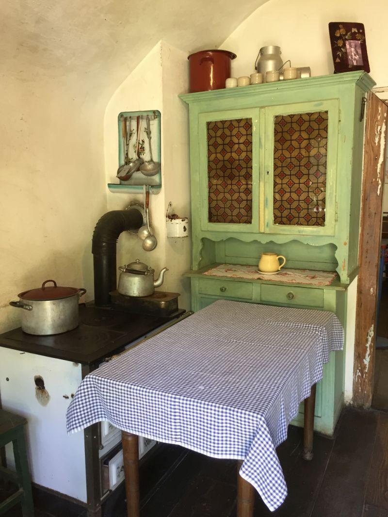 Kueche im Arbeiterhaus Monswiller im Écomusée d'Alsace